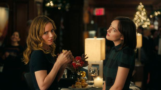 It's complicated: Leslie Mann and Dakota Johnson negotiate romance and the city in 'How to Be Single'.