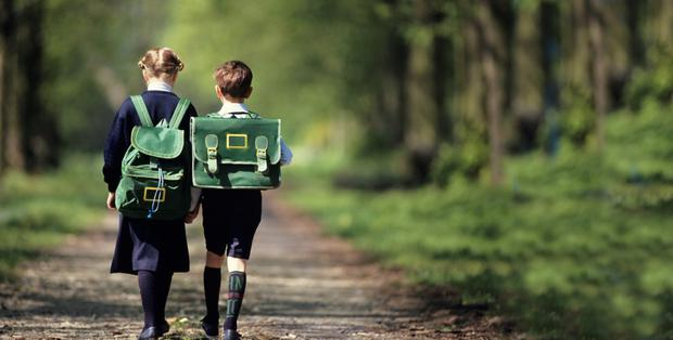 Parents often face a dilemma regarding the best age for children to walk themselves to school