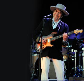 Another side of Bob Dylan: Dylan, who has won the Nobel Prize in literature at the age of 75, performs onstage in France in 2012