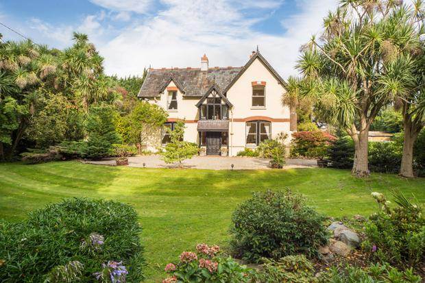 Peek Inside This M Wicklow Home That Looks Like Its Straight - 15 epic homes that look like they came straight out of a fairytale
