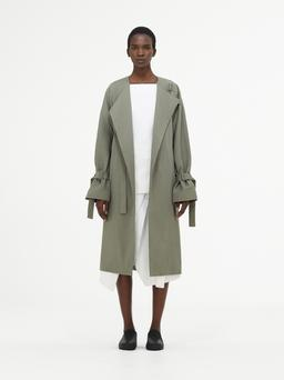 Catwalk style from Cos