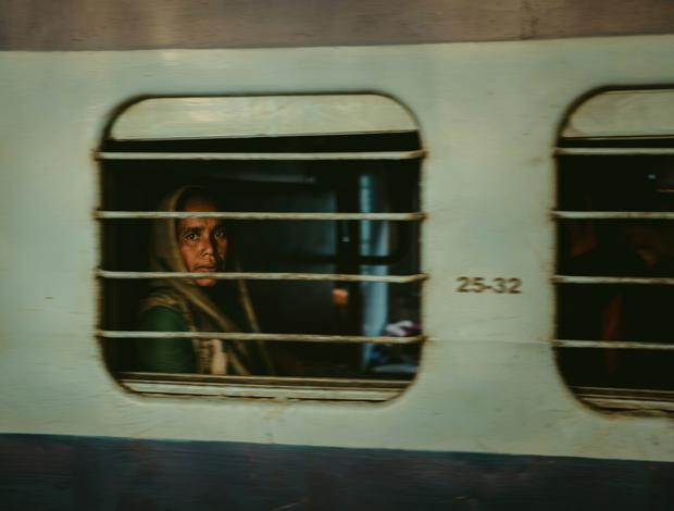 The girl on the train, Agra