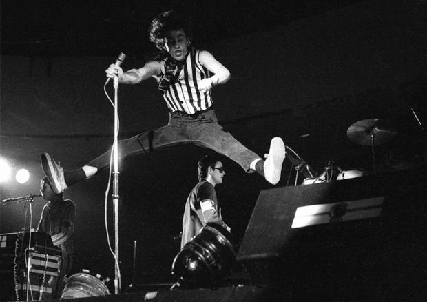 Bob Geldof performing with the Boomtown Rats in 1977