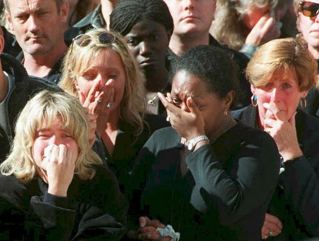 The public weep at Princess Diana's funeral