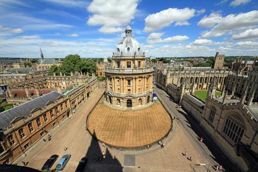 A view of the town from the dreaming spires — Radcliffe Square in Oxford