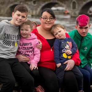 Struggle: Linda Comerford pictured with her kids (from left) Darragh, Shauna, Frankie and Michael in Kilkenny. Photo: Dylan Vaughan