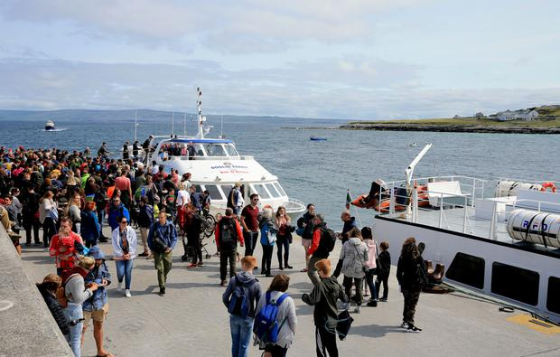 A busy scene as tourists arrive on Inis Óirr. Picture; Gerry Mooney