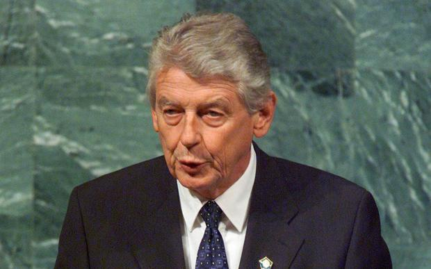 LEGACY: Wim Kok was pro-European, helping to seal European economic and monetary union at the 1997 Amsterdam summitthey