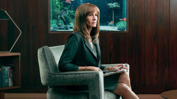 Julia Roberts' new thriller Homecoming comes in snackable 30-minute bites