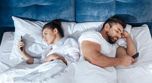 Banning smartphones from the bedroom might help