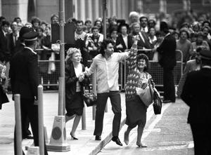 File photo of Gerry Conlon (centre), outside the Old Bailey in London after being released for being wrongly convicted of the Guilford pub bombings
