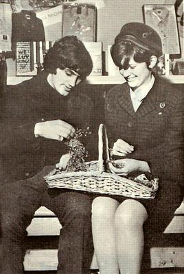 In 1967 Aer Lingus flew fresh shamrock to Manchester to present to George Best