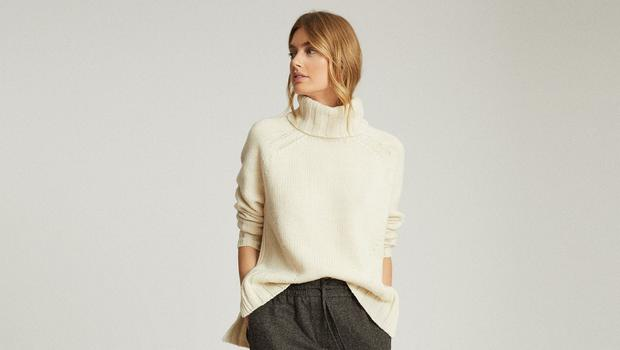 Right: Trousers, €215, jumper, €195, and white leather trainers, €170 from Reiss