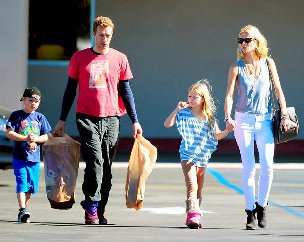 Gwyneth Paltrow, Chris Martin and children Moses and Apple
