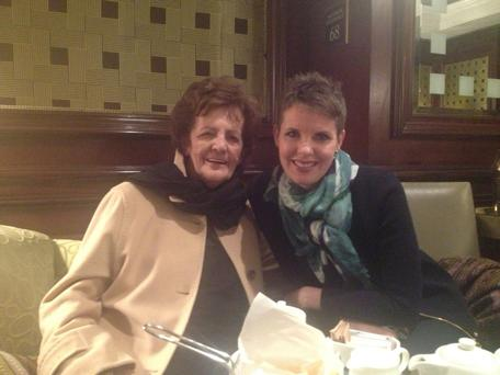 Caitriona with Philomena Lee, whose real-life story was made into a hit film