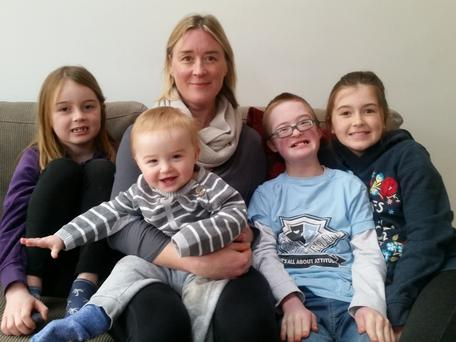 Aisling with her children Leila (7), Roan (11 months), Ciaran (11), and Fia (10)