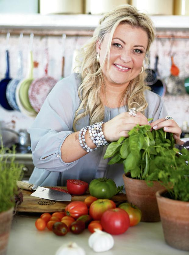 Rozanne Stevens urges eating and cooking healthily with seaweed