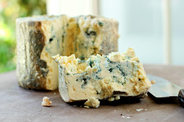 The world of Irish cheese continues to grow in strength and recently a new Irish blue cheese was launched by young cheesemaker Mike Thompson from Newtownards, Co. Down.
