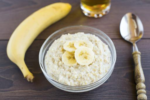 Porridge with half a banana