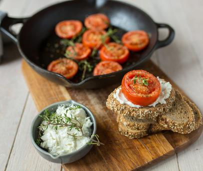 Honey and thyme tomatoes