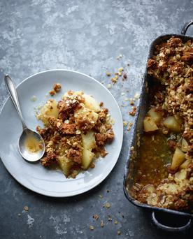Rachel Allen's Pear and Gingerbread Crumble.