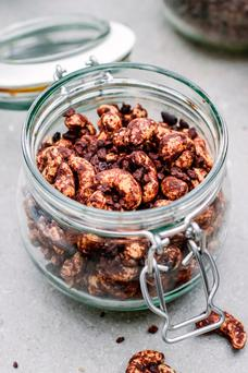 Chocolate roasted cashews