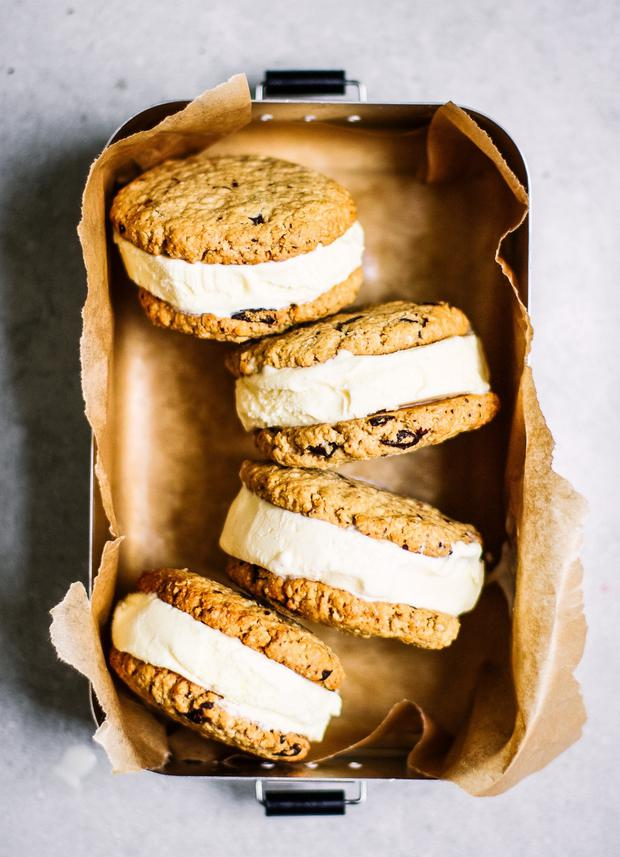 Ice cream sandwiches by Indy Power