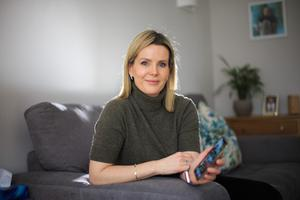 Parenting support: 'It is a brilliant [WhatsApp} group,' says mum-of-one Karen Murphy. 'I am on it every other day if not every day. There can be anything from 20 to 150 messages a day'. Photo: Mark Condren
