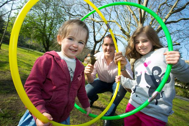 Ireland and Leinster star Devin Toner with Aoife Fitzgerald ( 3) and Firinne ni Dhalaigh (6).