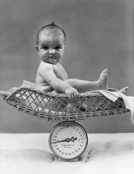 Weigh children regularly, and know what they should weigh. Photo: Getty Images.