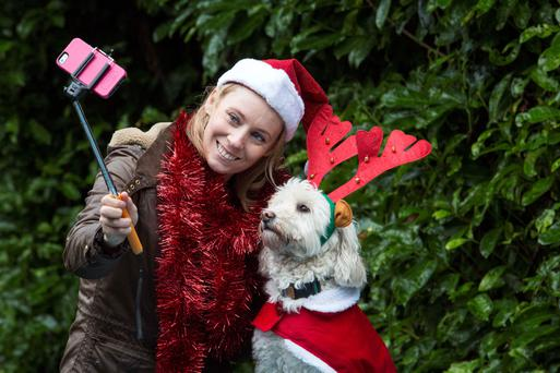 Derval O'Rourke, former Olympic athlete, pictured with her labradoodle, Berlino, to unveil the Irish Guide Dogs #GoWalkies campaign which is urging people to walk their dogs and post. You can donate €4 by text Woof to 50300 or at www.guidedogs.ie/donate. Photo: Clare Keogh.