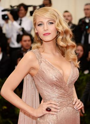 Actress Blake Lively shows off her luscious locks on the red carpet