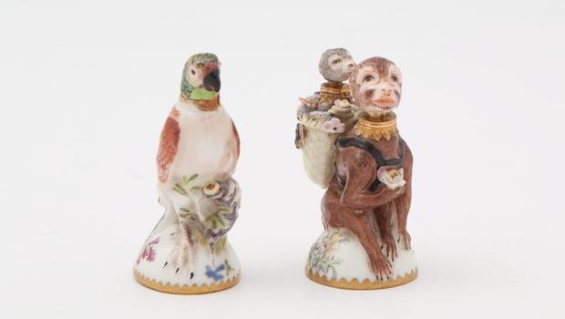 These 18th-century St James double chamber scent bottles sold at Adam's on 14 June for €5,000