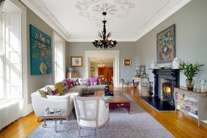 The living room at Fassaroe House