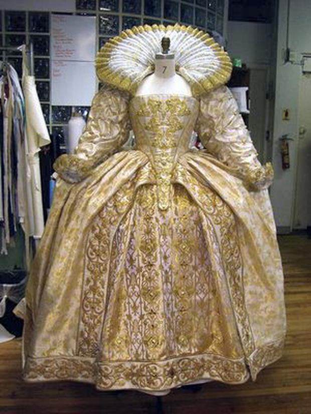 Elizabethan farthingale dresses were worn in the 16th Century.