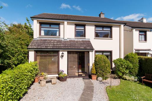 5 Cabinteely Drive