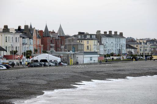 Bray beach and town