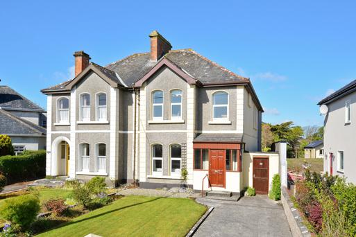 12 Threadneedle Road, Salthill, Galway: AMV €450k