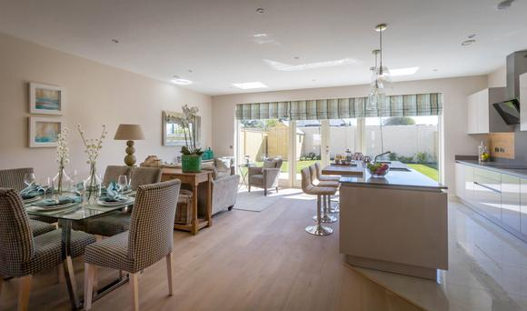 Open-plan kitchen/dining area in Burrow Heath