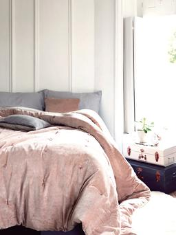 Velvet and linen kingsize quilt in Blush - Cox and Cox