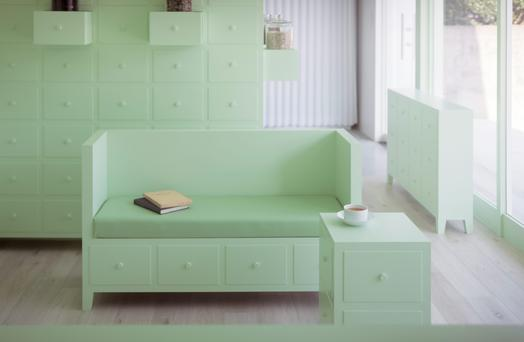 Sumiyoshido Kampo Lounge in Japan goes for mint with gusto