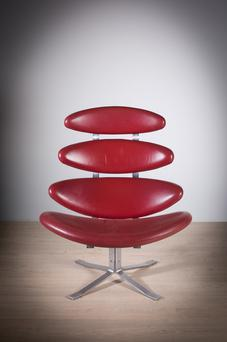 Corona chair up for auction