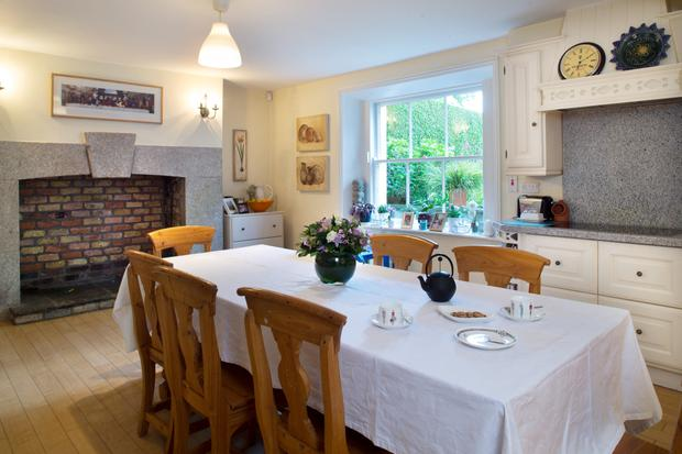 When Oonagh and her husband Ronan moved into the house, Ronan sanded and stained the floorboards, including those in the kitchen.