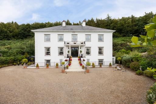 Built in 1996, Wingfield is a 5,737 sq ft modern mansion on six acres