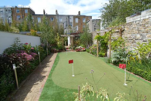 The outdoor putting green at 3 Church Lane