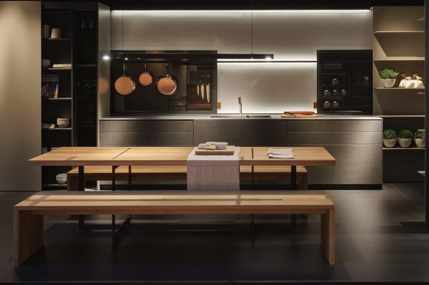 Bulthaup kitchen with handleless cabinets