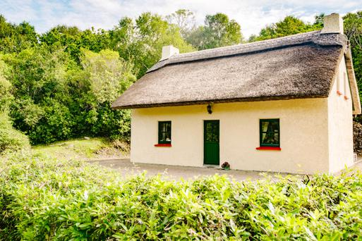 The Thatched Cottage dates from the 1850s and was restored and renovated by the current owners