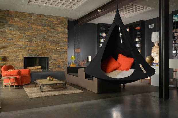 The hanging Cacoon hammock/tent