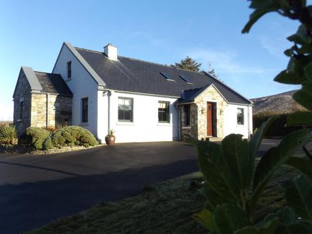 This detached dormer bungalow is 1,991 sq ft in size and sits on a 0.9ac site