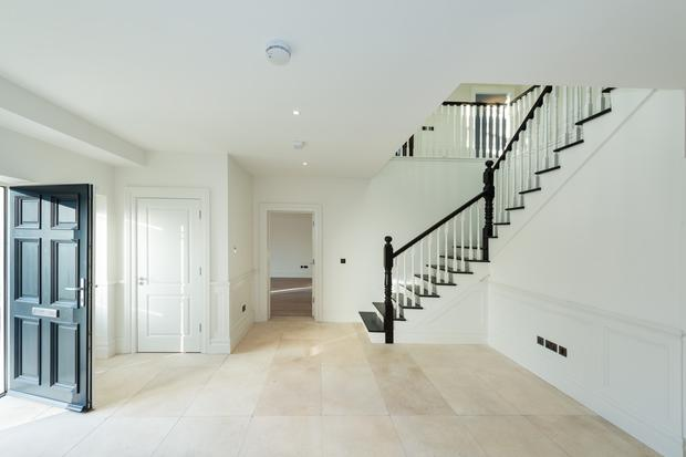 The entrance hall with stone floor